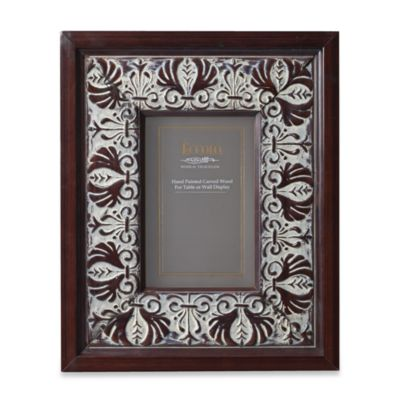 Eccolo™ Carved Wood 5-Inch x 7-Inch Photo Frame