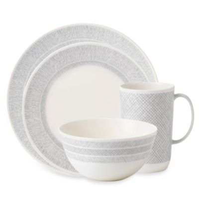 Vera Wang Wedgwood® Simplicity 4-Piece Place Setting in Cream