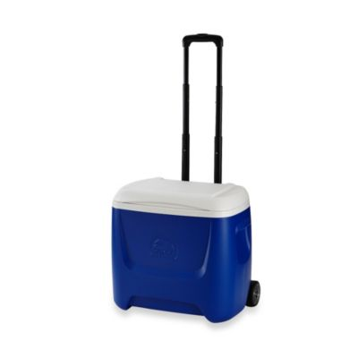 Igloo® Island Breeze 28-Quart Roller Cooler
