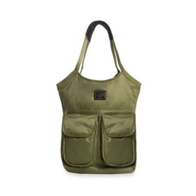 7 A.M.® Voyage Barcelona Bag in Army