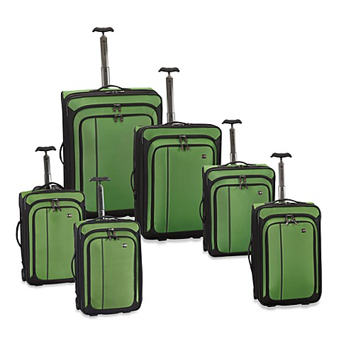 Victorinox® Werks Traveler™ 4.0 Green Luggage