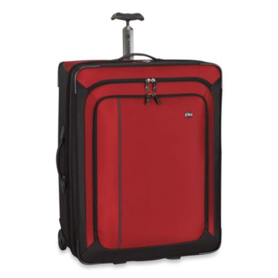 Victorinox® Werks Traveler™ 4.0 Red 27-Inch Expandable Wheeled Upright