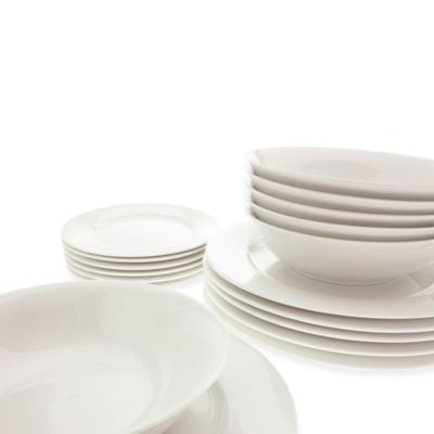 Maxwell & Williams 18-Piece Dinnerware Set