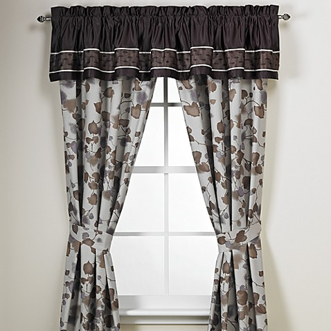 Manor Hill® Gramercy Window Valance