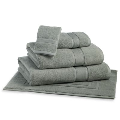 Kenneth Cole Reaction Home Collection Bath Towel in Basil