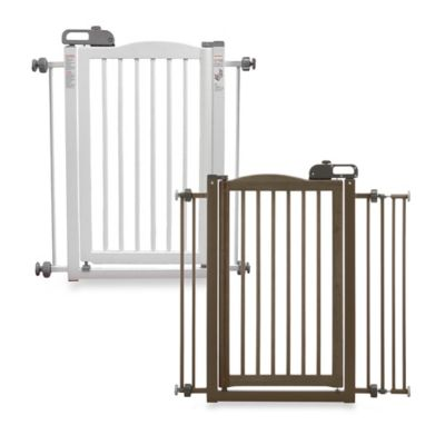 Richell One Touch Pet Gate in Brown