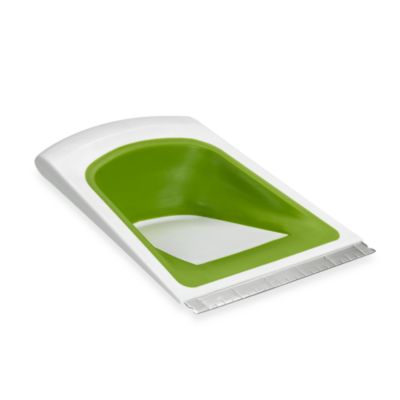 Chef n' Sleek® Collapsible Scraper and Pastry Cutter