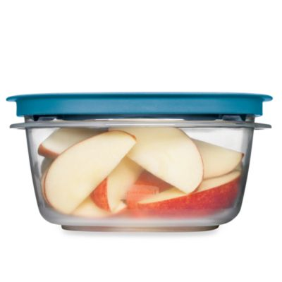 Rubbermaid® 5-Cup Flex & Seal™ Food Storage Container with Easy Find Lid