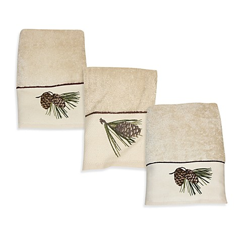 Pine Cone Branch Bath Towels