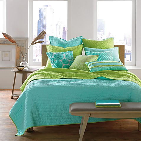 Nostalgia Home™ Reversible Pickstitch Quilt in Aqua/Lime