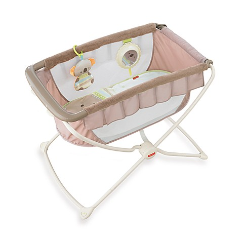 Fisher price deluxe rock n 39 play portable bassinet for Portable bassinet