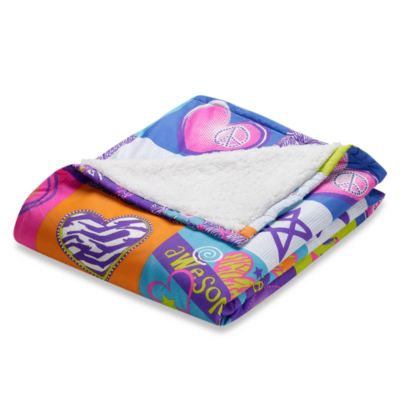 Rock Your Room Microfiber/Sherpa Reversible Throw in Patchwork Peace