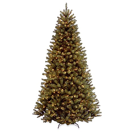 7 1/2-Foot North Valley Spruce Hinged Tree Pre-Lit with 550 Clear Lights