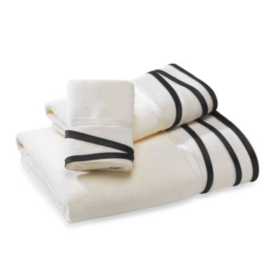 Silhouette Nicole Miller 11-Inch x 18-Inch Fingertip Towel