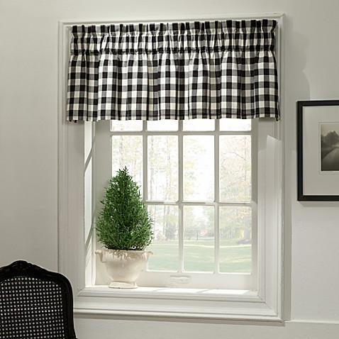 Classic Check Valance in Midnight