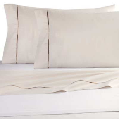 Kenneth Cole Reaction Home Baratta Stitch King Pillowcases in Cream (Set of 2)