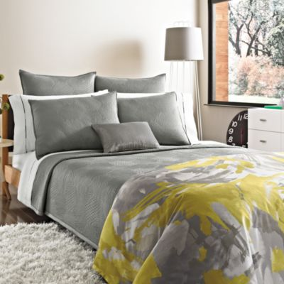 Kenneth Cole Reaction Home Swirl Full/Queen Coverlet