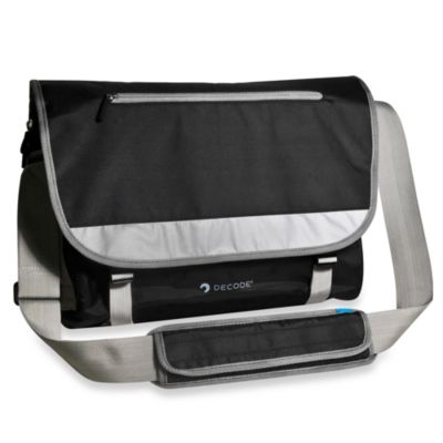 Sumdex De20-Pack Code Messenger Bag 15.6-Inch for PC and MacBook Pro