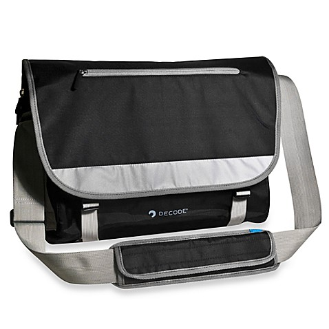 Sumdex®  De20-Pack Code Messenger Bag 15.6-Inch for PC and MacBook Pro