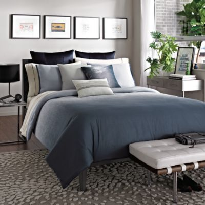 Kenneth Cole Reaction Home Hotel Full/Queen Comforter in Ink