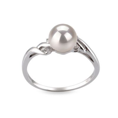 14K White Gold, White Japanese Akoya 6.5-7MM Pearl Ring (0.062 cttw, SI1-SI2 Clarity, G-H Color)