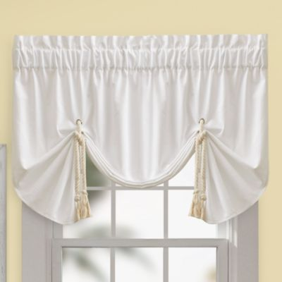 Regalia Valance in Ivory