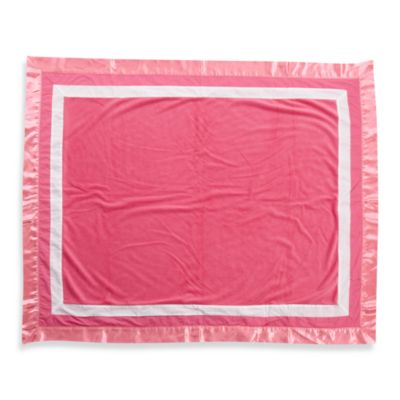 One Grace Place Simplicity Medium Quilt in Hot Pink
