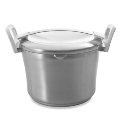 Hassle-Free Covered Stockpot