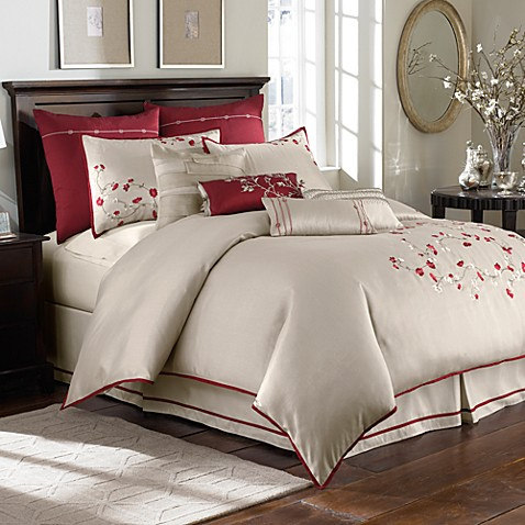 Kaiya 4-Piece Comforter Set