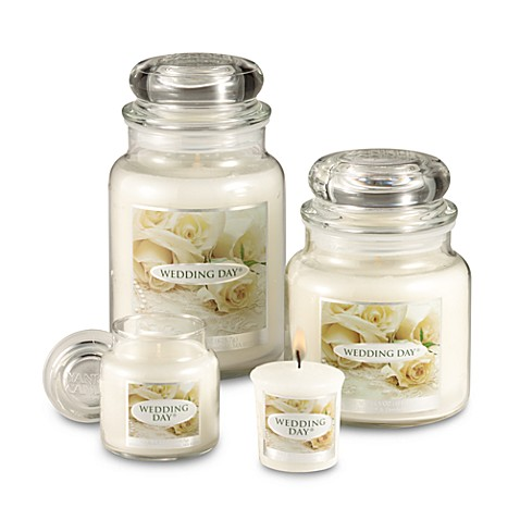 Yankee Candle® Housewarmer® Wedding Day™ Medium Classic Candle Jar