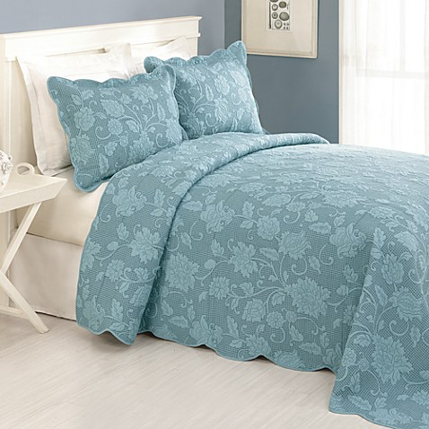 Janet Bedspread in Blue