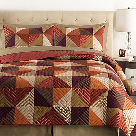 Triangle Standard Pillow Sham in Rust