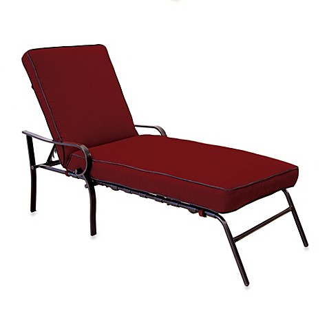 Hawthorne Padded Chaise Lounge in Red