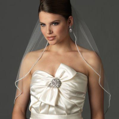 Rhinestone Edge Fingertip-Length Bridal Veil in White