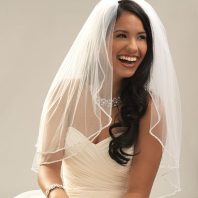 Crystal-Edge Fingertip-Length 2-Layer Bridal Veil in White