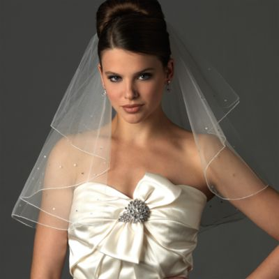 Swarovski Crystal Edge Shoulder-Length 2-Layer Bridal Veil in Diamond White