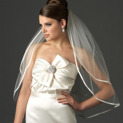Ribbon Edge Elbow-Length 2-Layer Bridal Veil in Diamond White