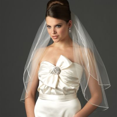 Satin Corded Elbow-Length 2-Layer Bridal Veil in Diamond White