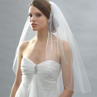 Pencil Edge Elbow-Length Bridal Veil in White