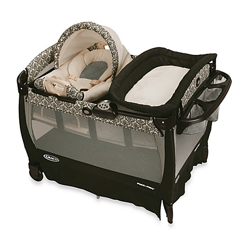 Graco 174 Pack N Play 174 Playard With Cuddle Cove Rocking