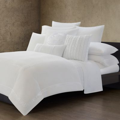Natori Ming Fretwork White Quilted Coverlet