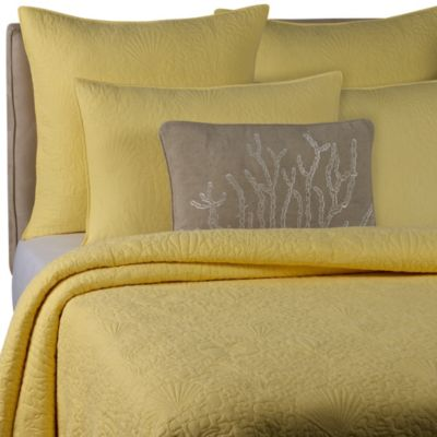 Solid Seashell Yellow Quilt