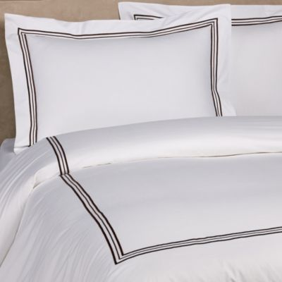 Bellino Fine Linens® Tivoli Queen Duvet Cover in Chocolate