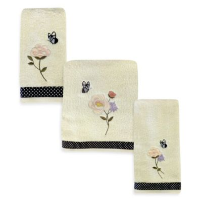 March Aux Fleur Fingertip Towel