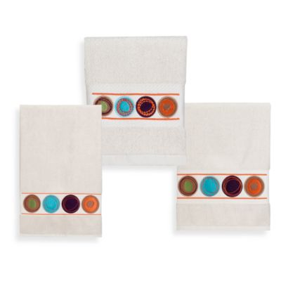 Dot Swirl Fingertip Towel