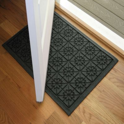 Weather Guard™ Star 23-Inch x 35-Inch Door Mat in Charcoal