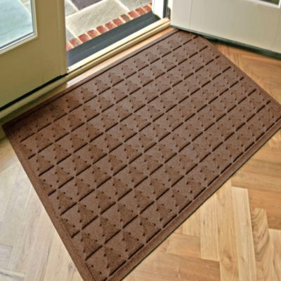 Weather Guard™ Pine Tree 31.75-Inch x 50.75-Inch Door Mat in Brown