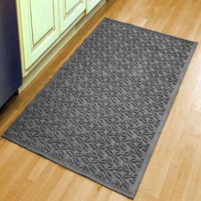 Weather Guard™ Leaf 34-1/2-Inch x 58-Inch Door Mat in Gray