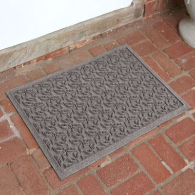 Weather Guard™ Leaf 2-Foot x 3-Foot Door Mat in Gray