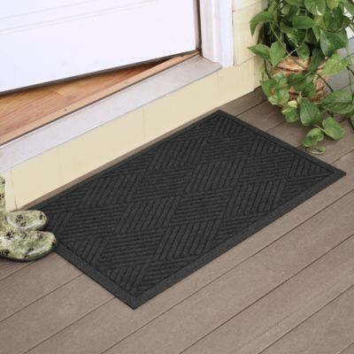 Weather Guard™ Diamonds 2-Foot x 3-Foot Door Mat in Charcoal